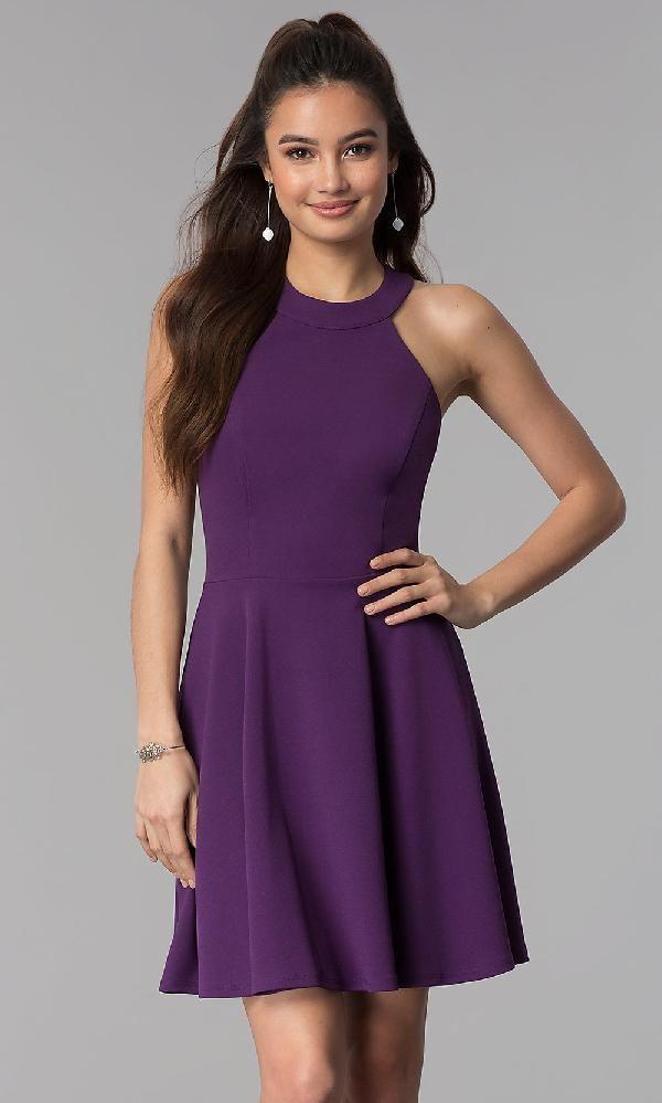 تصميم فستان خطوبة قصير باللون البنفسجي