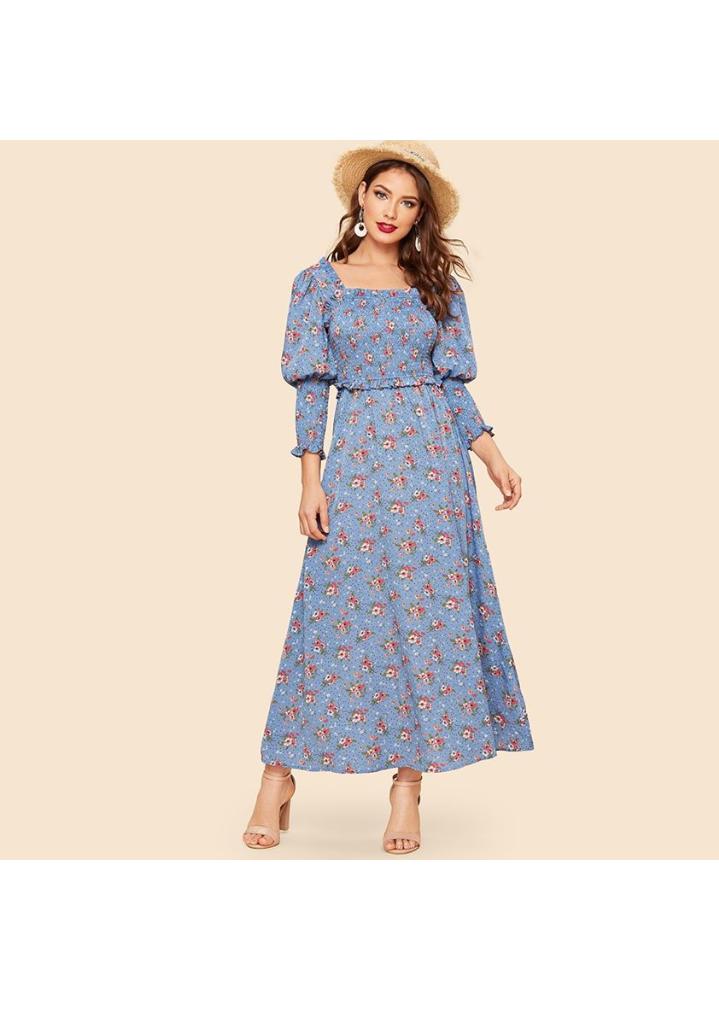 تصميم فستان صيفي مورد طويل باللون السماوي