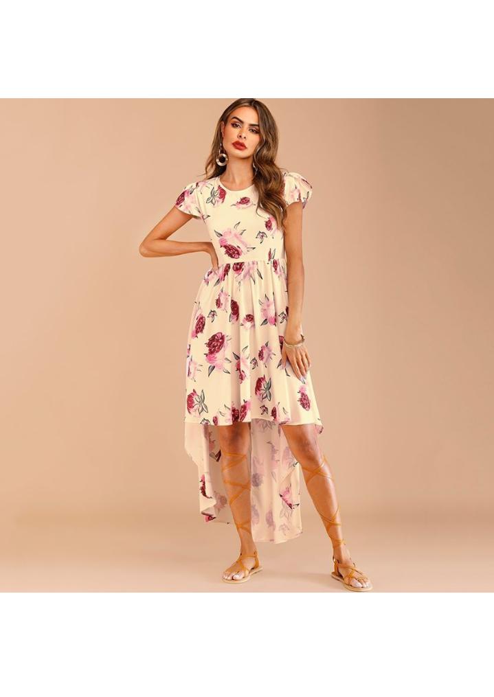فستان صيفي مورد طويل باللون الأبيض