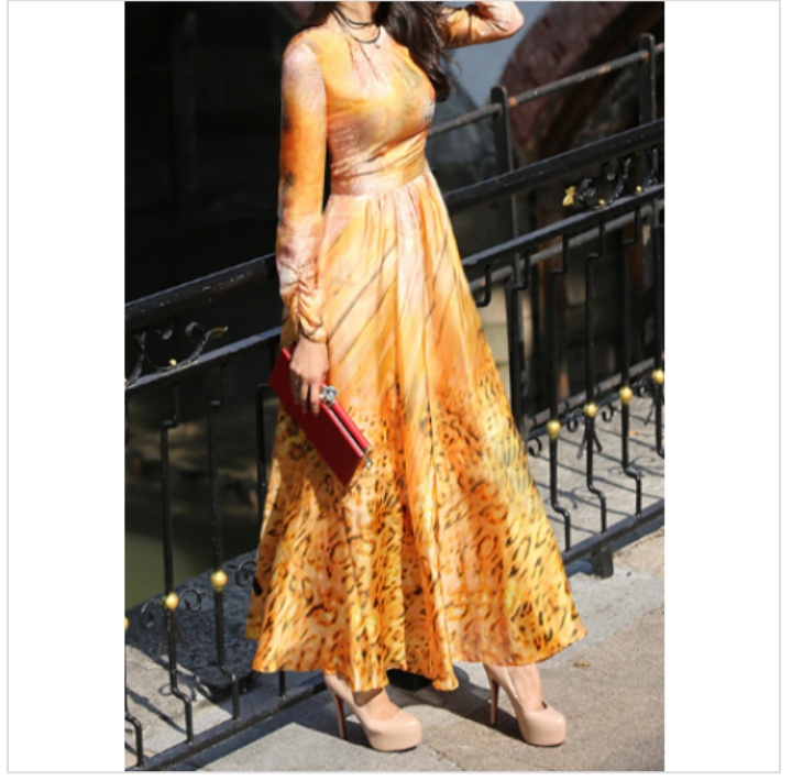 فستان ستان طويل مشجر للمحجبات مناسب للسهرات
