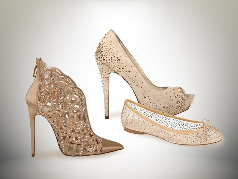 أحذية عروس ذهبية اللون متعددة  الأشكال