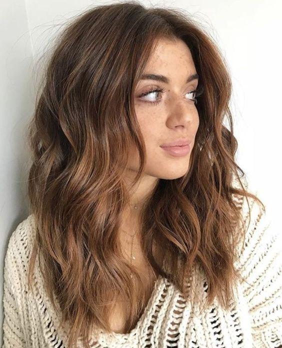 قصات شعر متوسط الطول