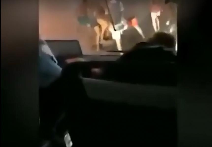 فيديو عنيف يوضح مشاجرة دامية بين سياح أجانب و ٩ من الكويتيين وسعودي في قبرص