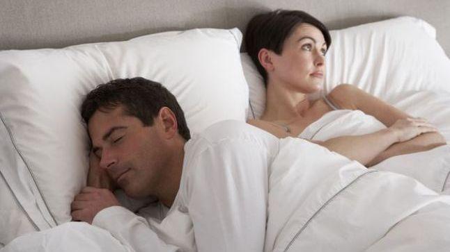 لماذا ينام الرجل بعد العلاقة الحميمة ؟