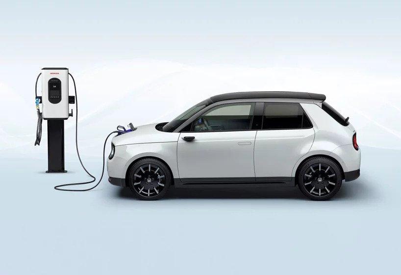 هوندا تكشف عن سياراتها الكهربائية الجديدة