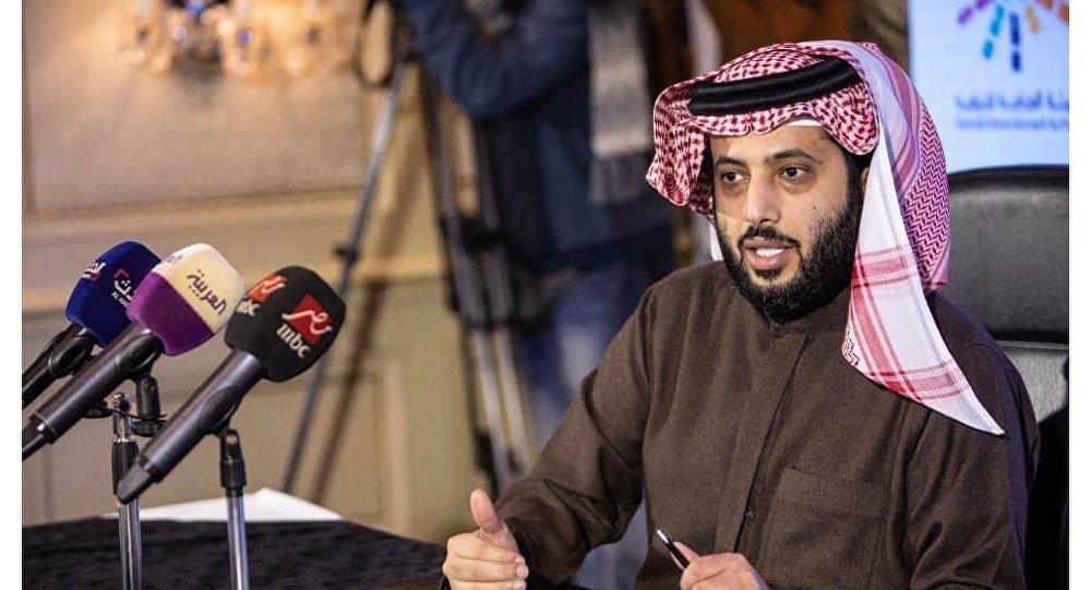 تركي آل الشيخ يسحب القضايا المرفوعة ضد مصريين