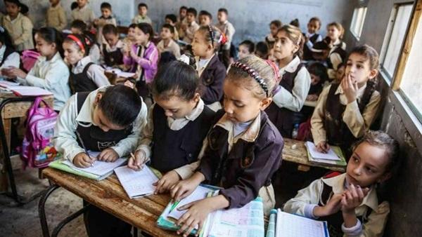 الحكومة المصرية تكشف عن حقيقة إلغاء مجانية التعليم !