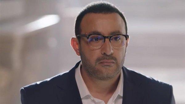 نجل أحمد السقا ينشر الملصق الدعائي لفيلم والده الجديد