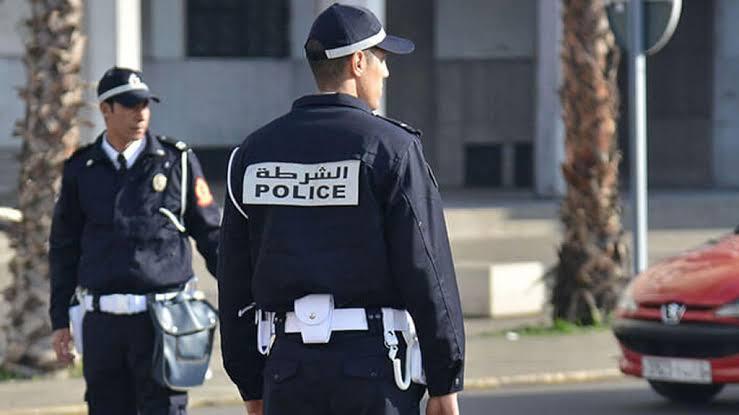 السلطات تتحرك بعد موجة الغضب ضد رجل أمن عربي في فيديو مخل !