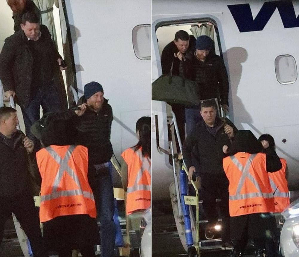 بالصور الأمير هاري يصل كندا في رحلة تجارية بدون حراسة