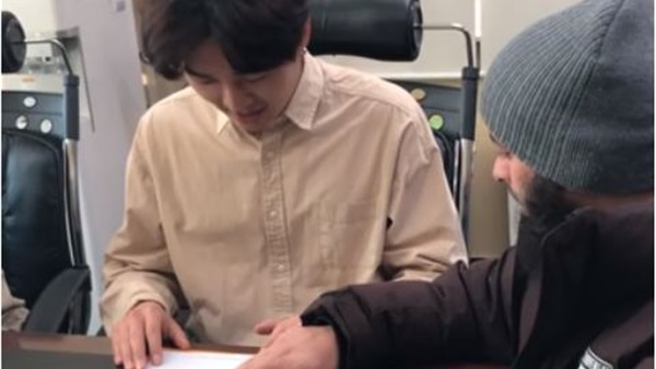 بالفيديو.. يوتيوبر كوري يعلن إسلامه عبر مقطع فيديو