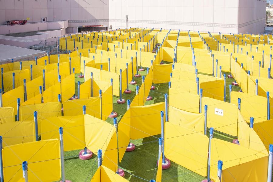 مارينا مول أبوظبي يستضيف أكبر لعبة متاهة متنقلة في العالم