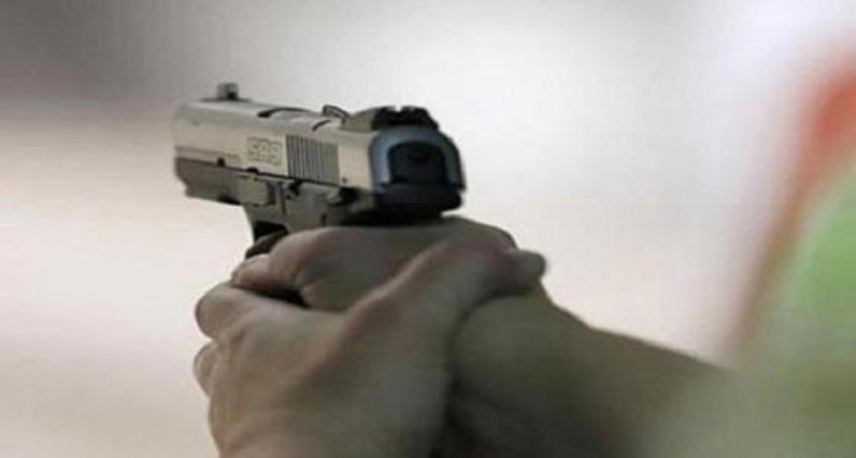 مراهقة تطلق النار على طفل بسبب صورة سيلفي