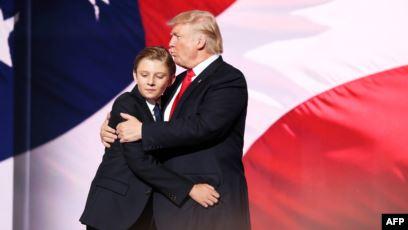 ترامب يسخر من أوباما ويضعه في مقارنة مع ابنه الأصغر !
