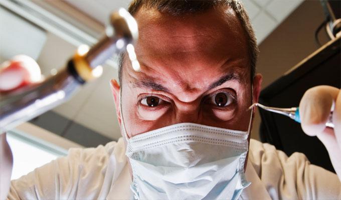 أطعمة صحية تتسبب في مشاكل كبيرة للأسنان