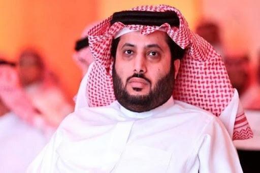 تركي آل الشيخ يوجه رسالة تهديد لكل الصفحات المسيئة له