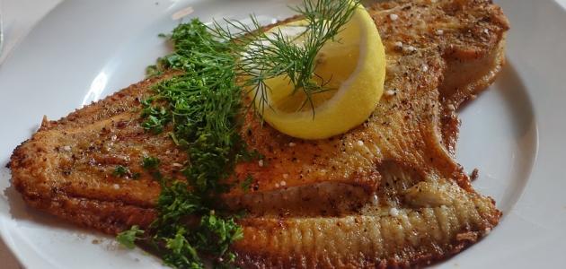 طريقة عمل سمك موسى مقلي