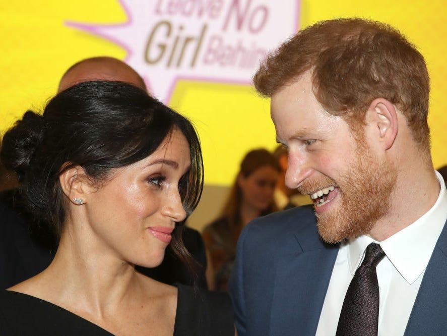 مصادر تتحدث عن غياب الأمير هاري وزوجته عن حفل زفاف الأميرة بياتريس