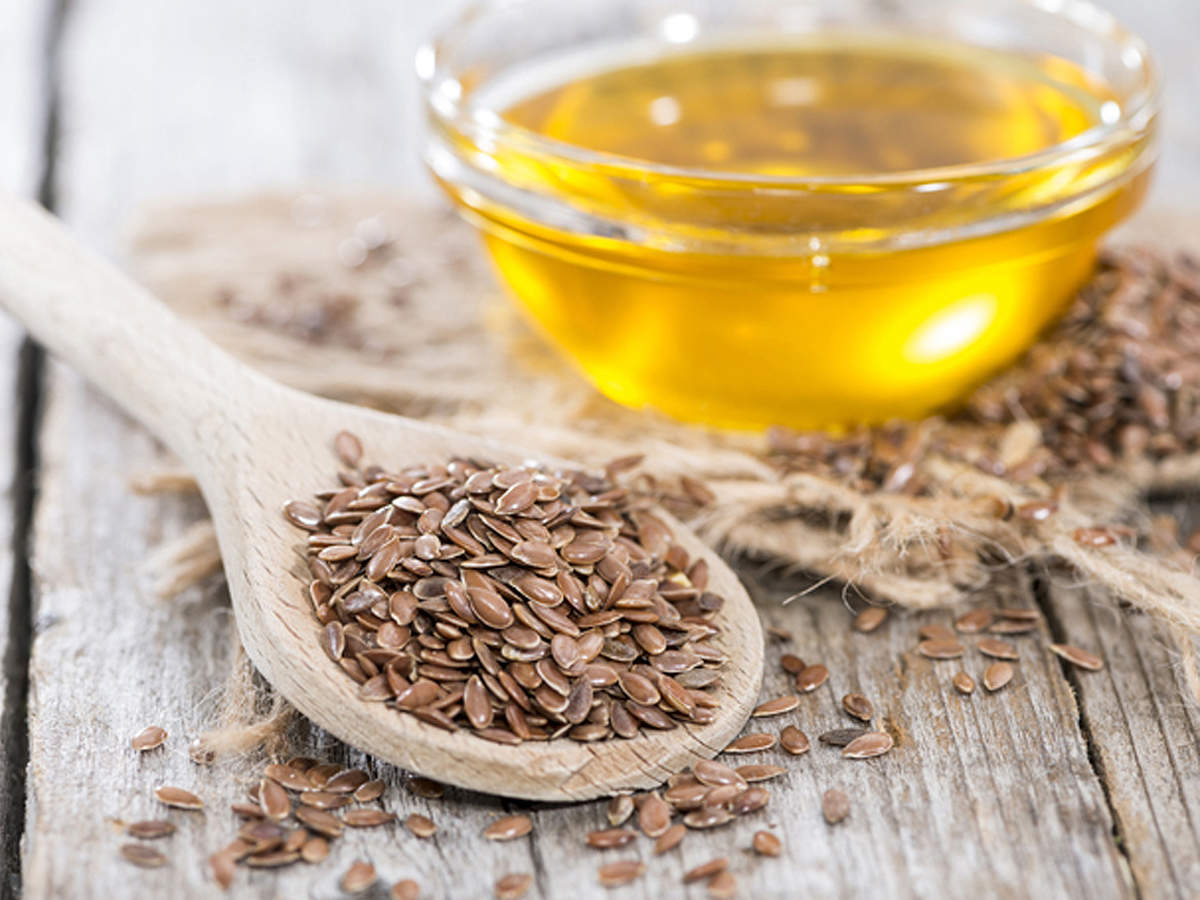 فوائد وطرق استخدام زيت بذر الكتان للشعر