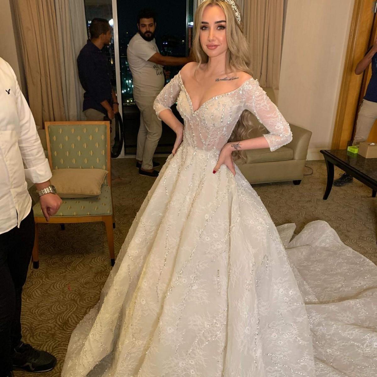 فساتين زفاف النجمات لار اسكندر وهنا الزاهد