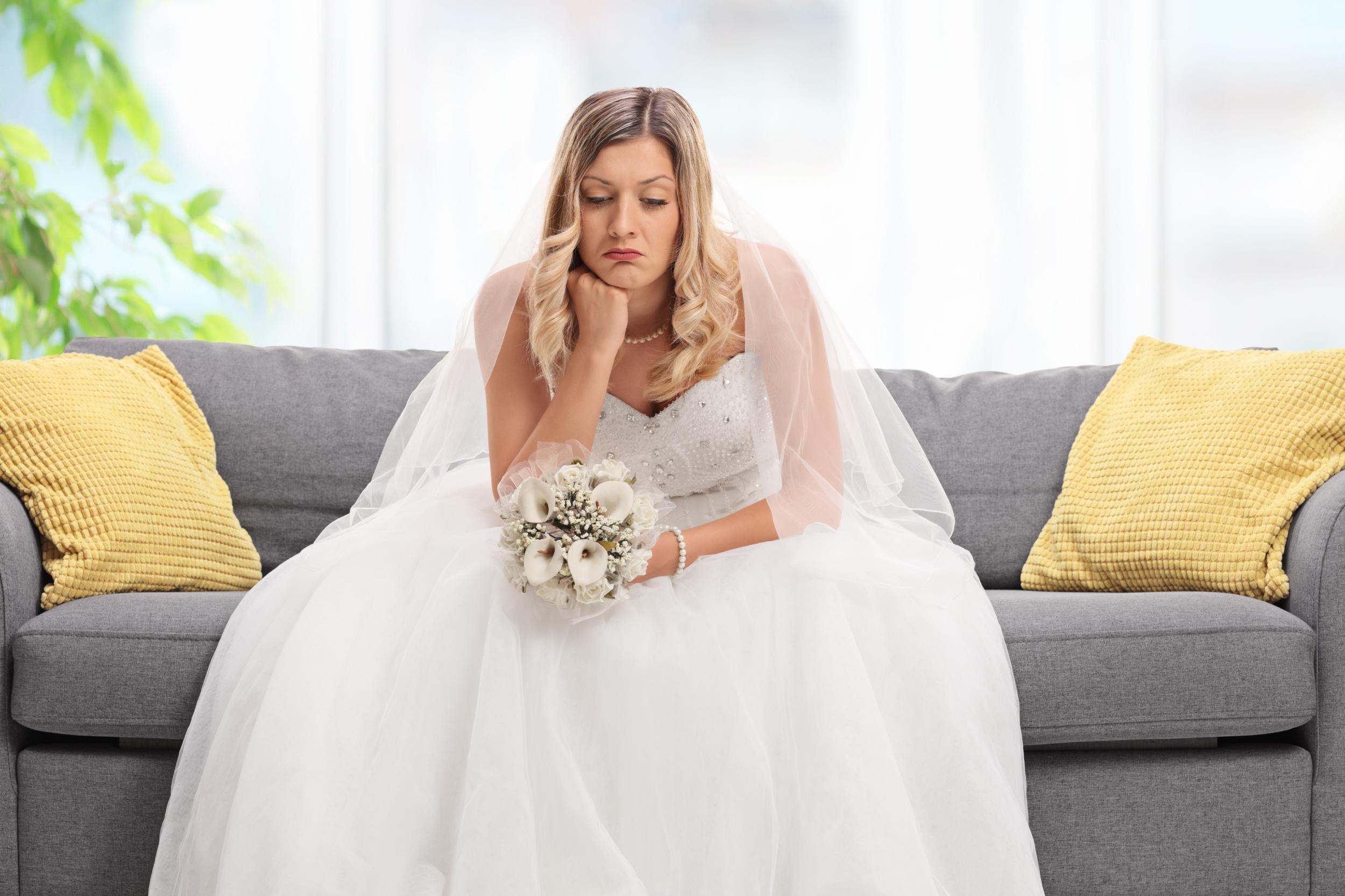 كيف تتصرف العروس في ليلة الدخلة؟
