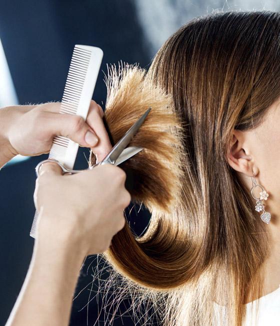 فوائد قص أطراف الشعر بانتظام