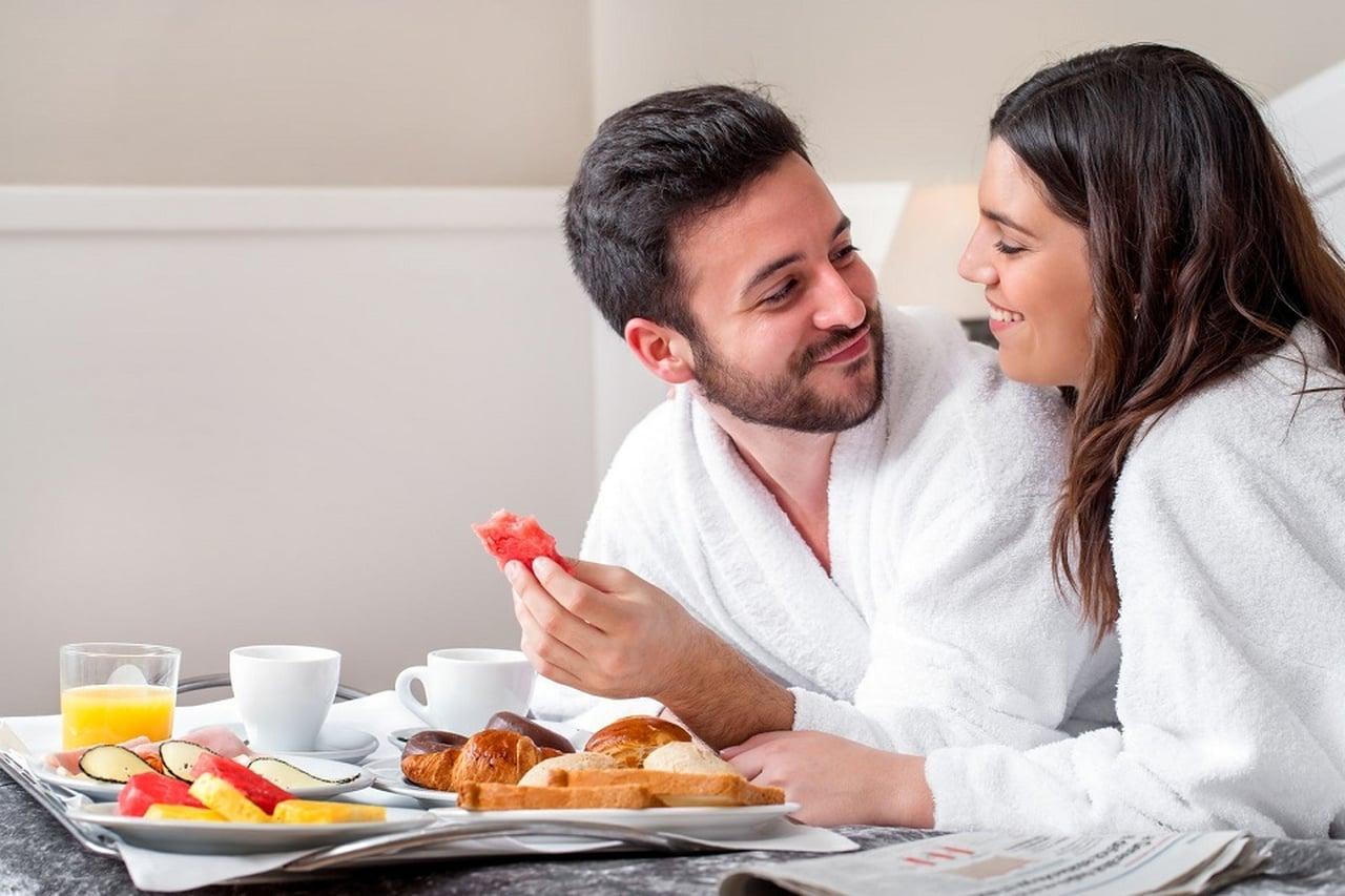 احذروا الأكل قبل ممارسة العلاقة الزوجية