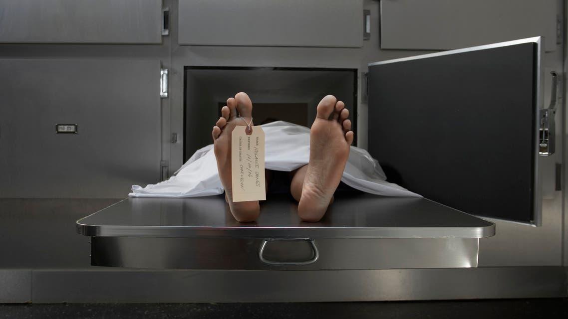 ميت يعود إلى الحياة أثناء تشريح جثته