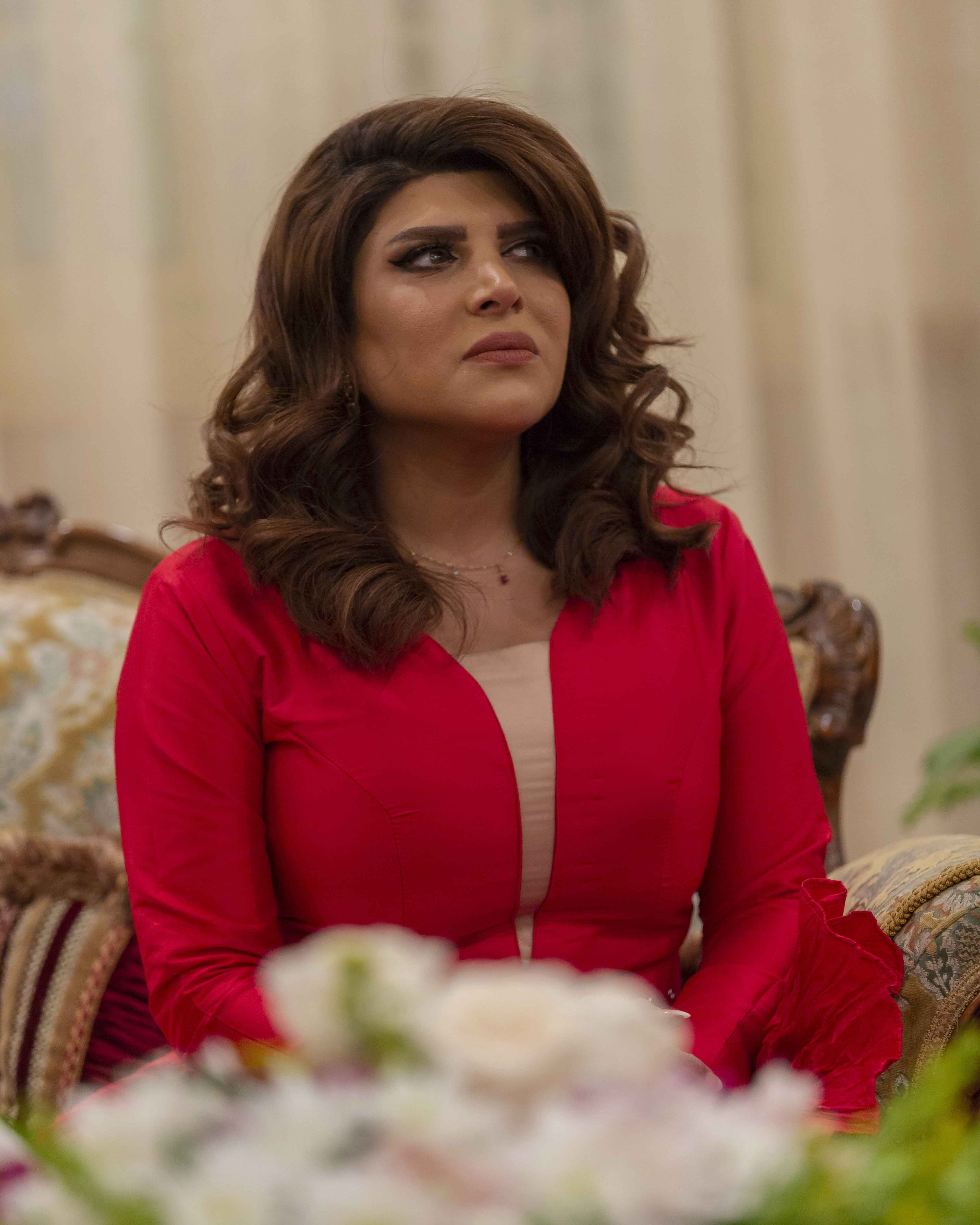 """أسمهان توفيق تضحي بالغالي والنفيس لأجل عائلتها ضمن الدراما الخليجية """"عافك الخاطر"""""""