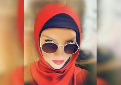 نيكول سابا تفاجئ متابعيها بالحجاب