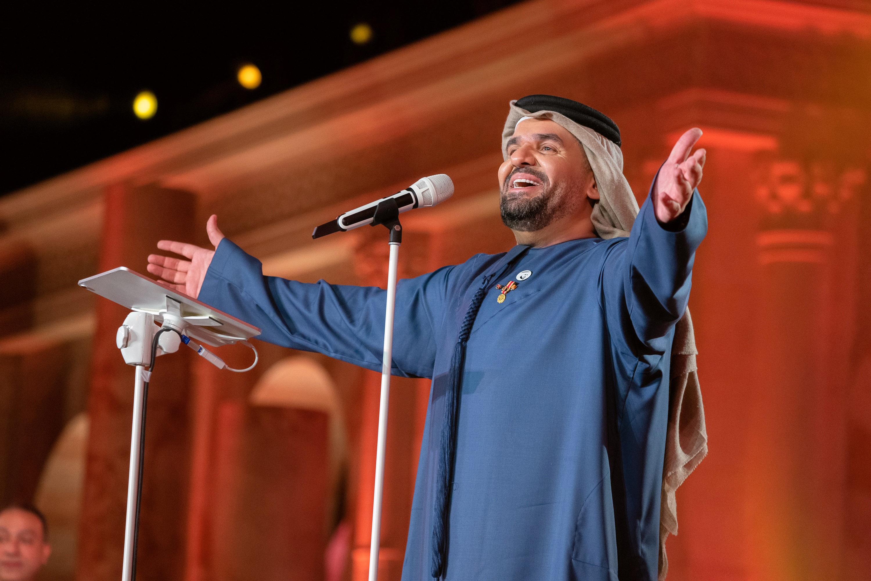 """حسين الجسمي يفتتح أول الحفلات الغنائية في """"مدرّج خورفكان"""""""