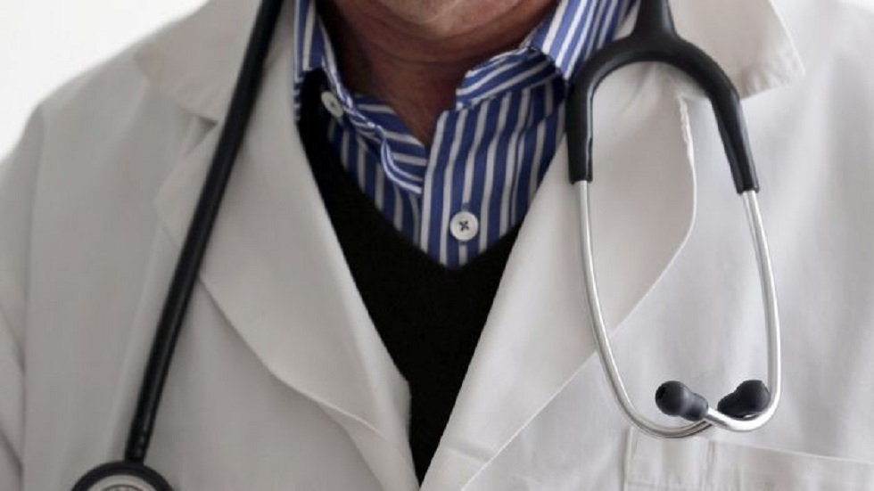 حبس طبيب نساء وتوليد مزيف مارس المهنة لمدة 10 سنوات