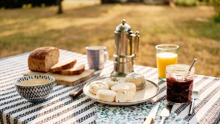 الوقت الأمثل لتناول الإفطار يوميا
