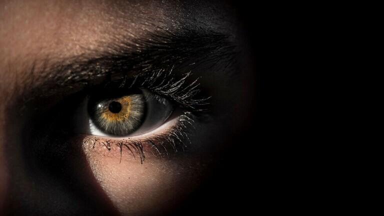 بؤبؤ العين يدل عل ذكاء الشخص