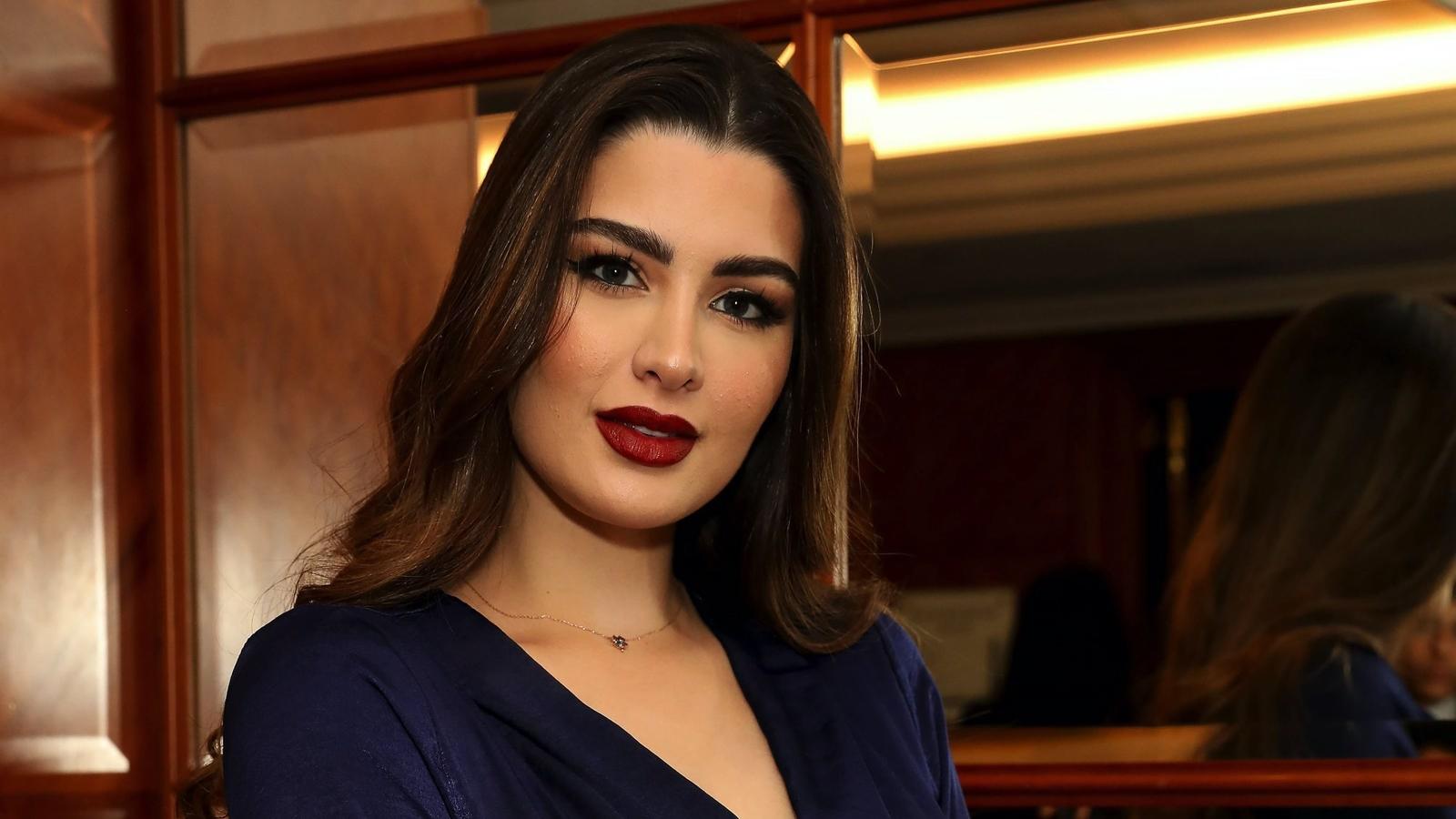 لهذا السبب غابت روان بن حسين عن جنازة والدتها
