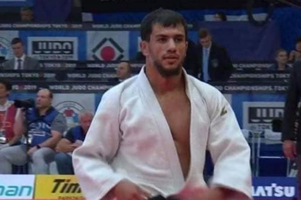 المصارع الجزائري فتحي نورين يرفض مواجهة إسرائيلي وينسحب من أولمبياد طوكيو