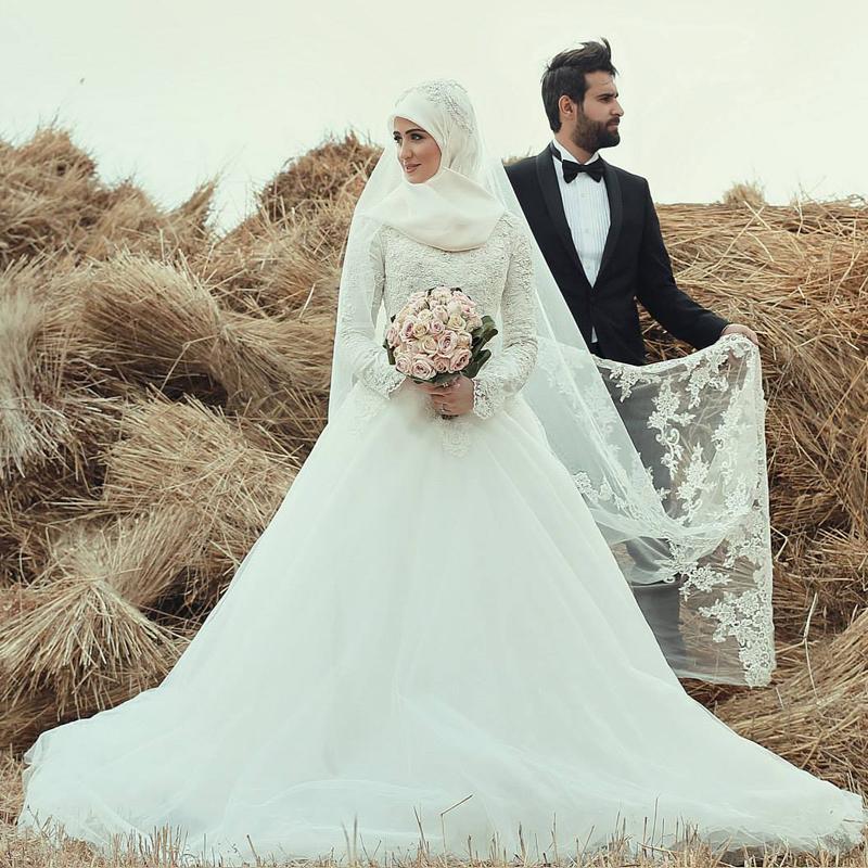 كيفية اختيار فستان الزفاف